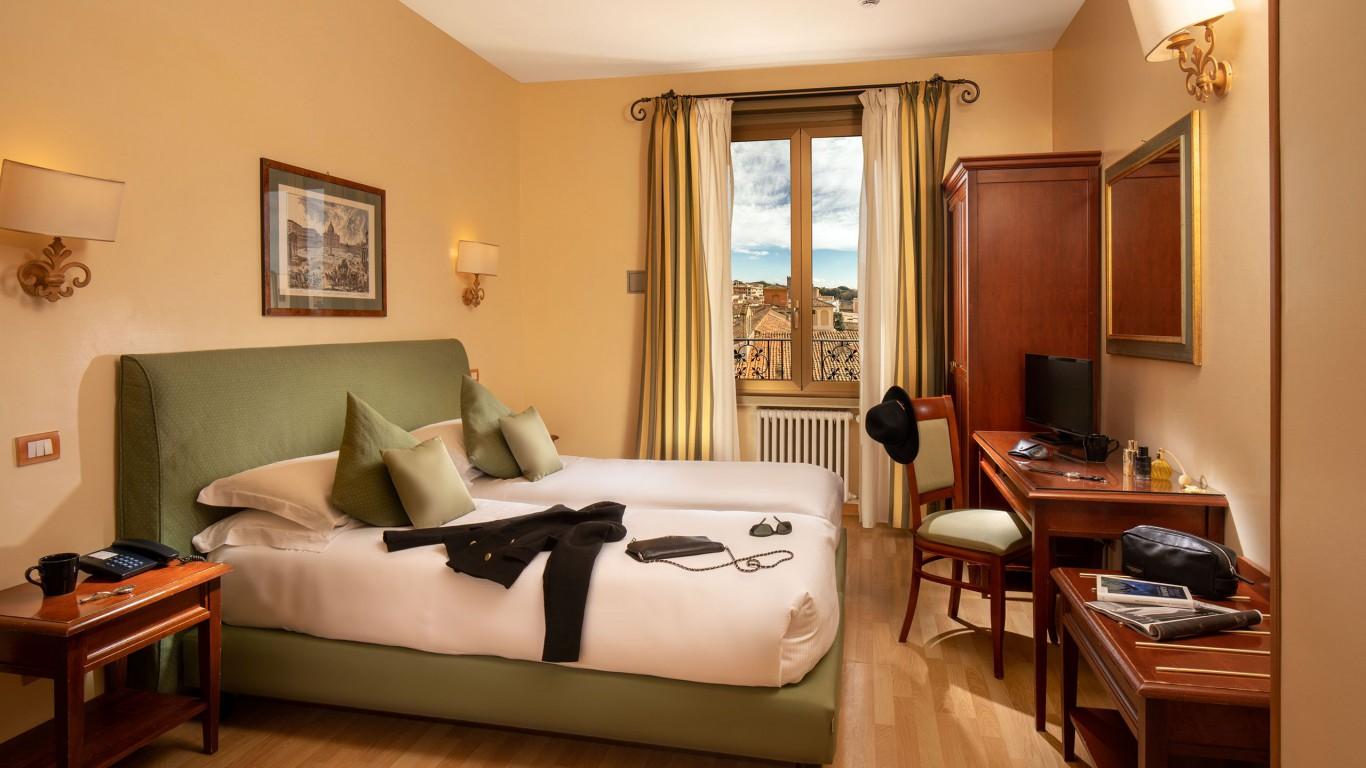 IMG-1594--Hotel-Colosseum