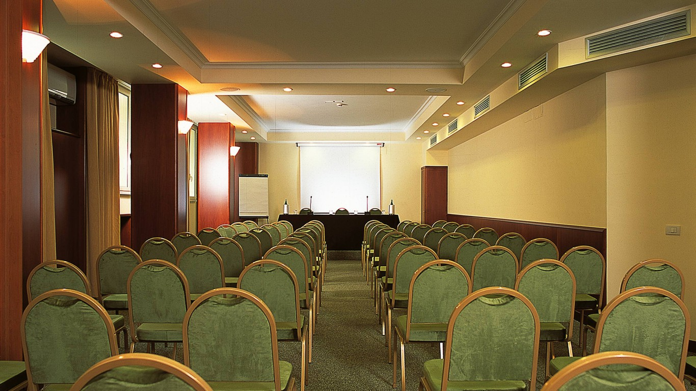 hotel-colosseum-rome-meeting-room-7