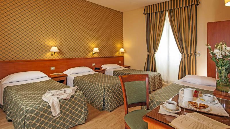 hotel-colosseum-roma-habitacion-1