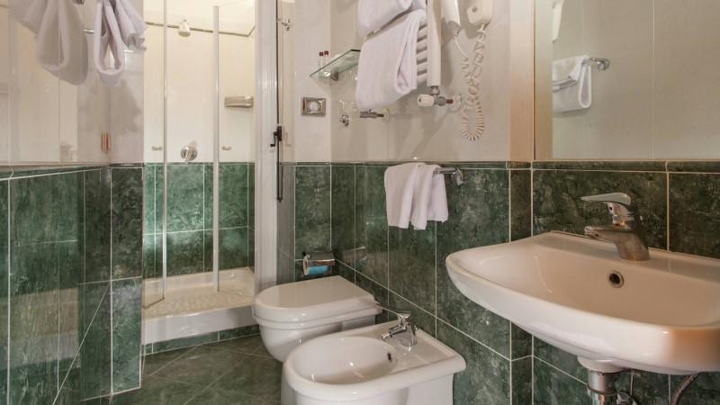 hotel-colosseum-roma-habitacion-9