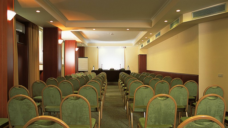 hotel-colosseum-roma-sala-de-reuniones-7